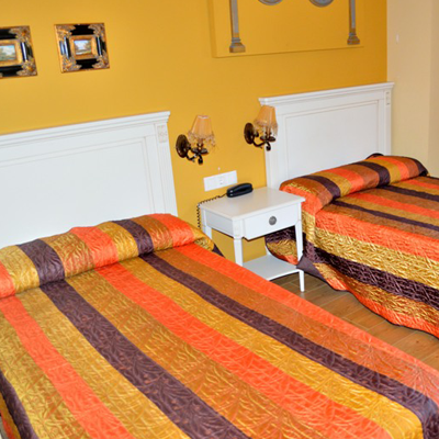 HABITACION HOTEL EN TEVERGA 4